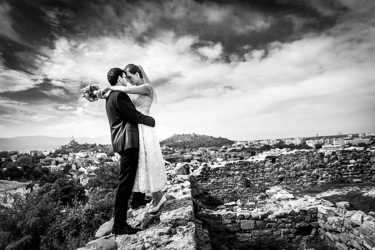 Добър сватбен фотограф,  Професионален сватбен фотограф,  Професионален фотограф за сватба,  Сватба фотограф,  Сватбен фотограф,  Сватбена фотография,  Сватбени фото сесии,  Сватбени моменти, моменти в черно и бяло