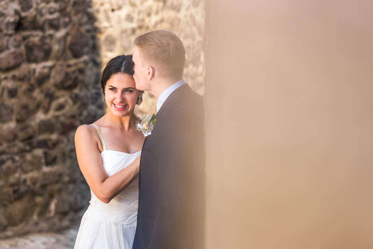 Моменти от сватбата на М&М. Сватбена фотография от професионален фотограф Иван Банчев.