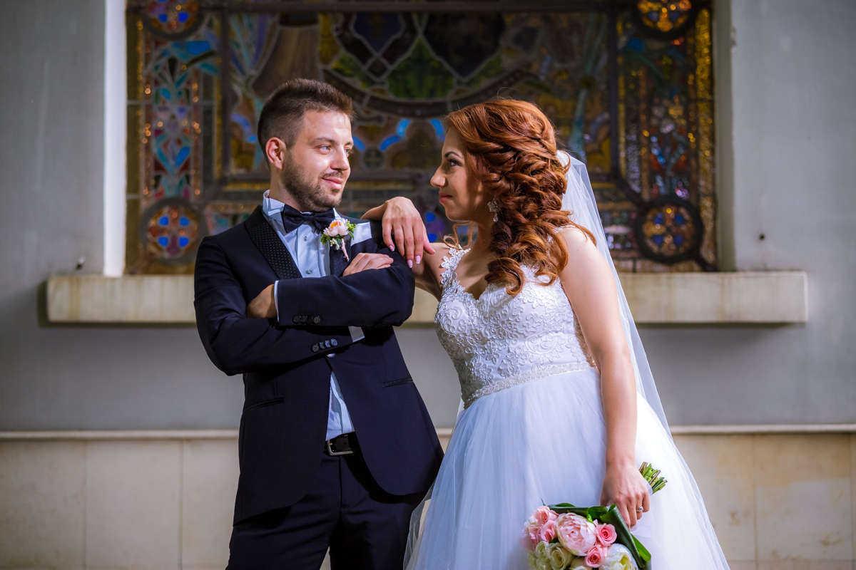 Моменти от сватбата на М&И. Сватбена фотография от професионален фотограф Иван Банчев.