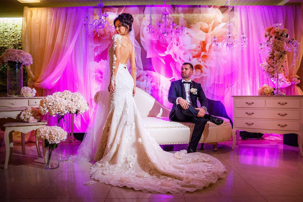 Моменти от сватбата на Т&А. Сватбена фотография от професионален фотограф Иван Банчев.