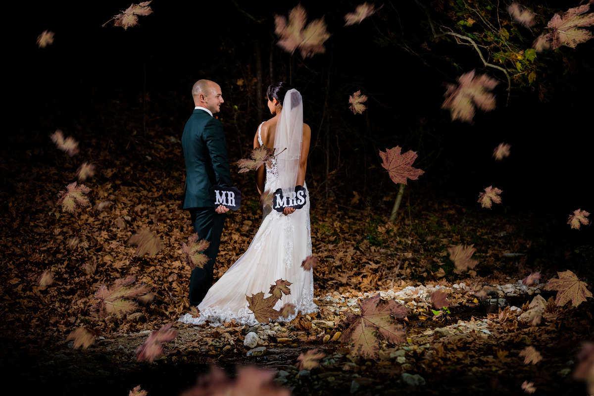 Моменти от сватбата на Е&Т. Сватбена фотография от добър професионален фотограф Иван Банчев.